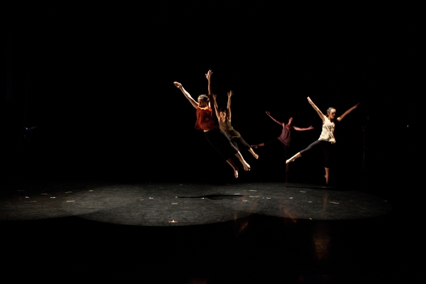 "Mandy Torres Dance Company performing ""Fragments"""