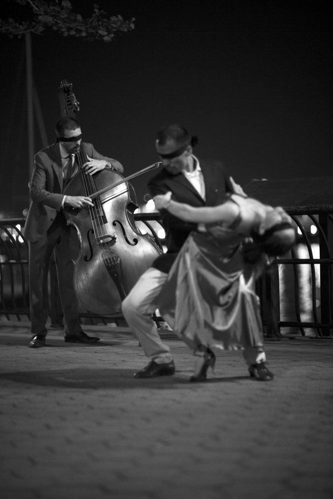 tango_006_edited_bw